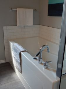 10 Gorgeous Bathroom Design Ideas