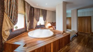 10 Gorgeous Bathroom Design Ideas True